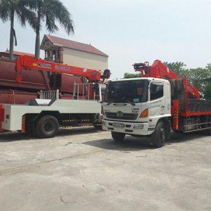 Xe tải Hino FL gắn cẩu Kanglim 7 tấn