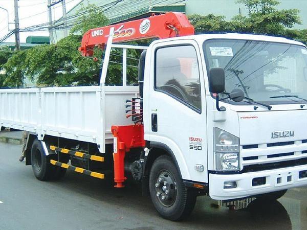 Xe tải ISUZU FRR90N gắn cẩu 3 tấn