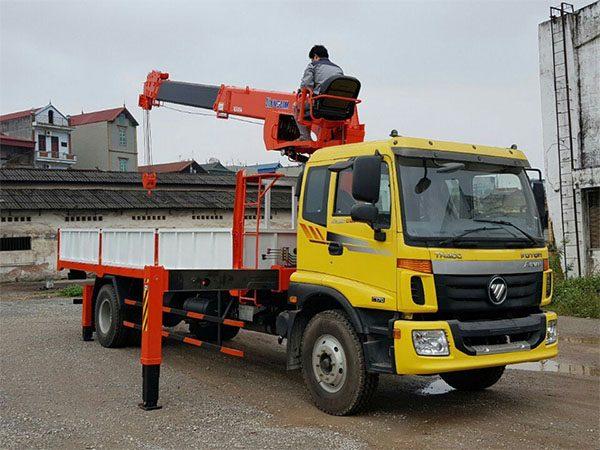Xe tải Auman C170 gắn cẩu Kanglim 5 tấn