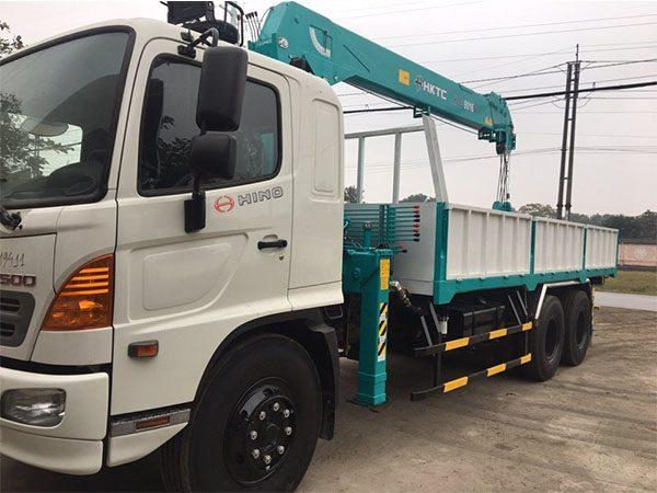Xe tải Hino FL gắn cẩu HKTC