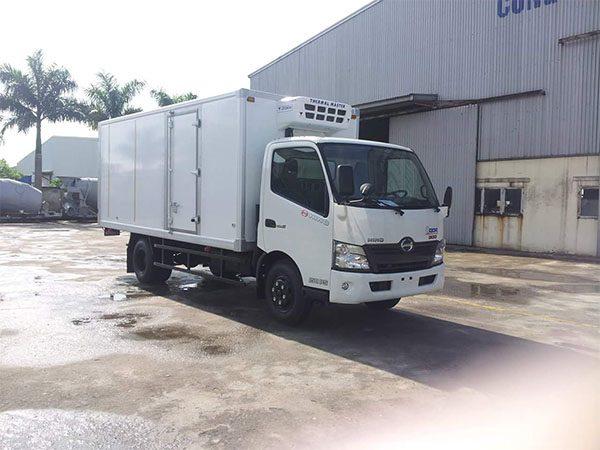 Xe tải Đông Lạnh Hino 5 tấn