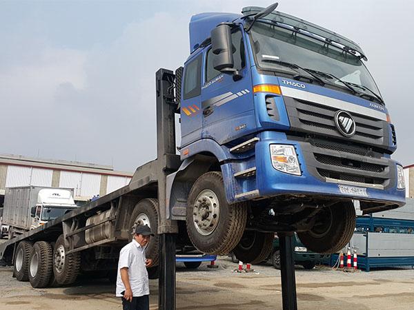 Xe Nâng Đầu chở máy công trình Thaco Auman C34