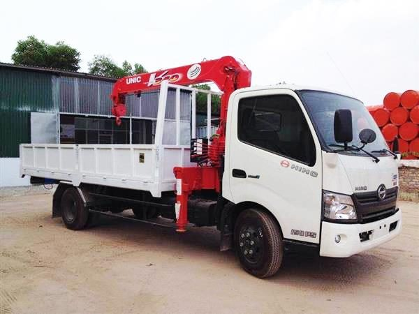 Xe tải HINO XZU720 gắn cẩu Unic 3 tấn