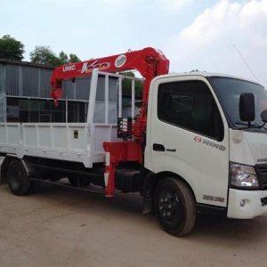 Hino XZU730L gắn cẩu Unic 3 tấn