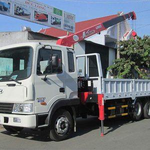 Xe tải Hyundai HD210 gắn cẩu Unic 3 tấn